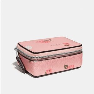 🆕COACH TRIPLE PILL BOX WITH TOSSED PEONY